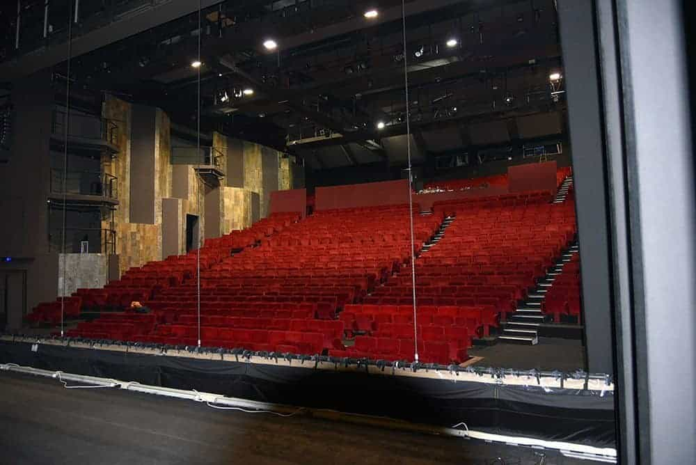 salle-spectacle-theatre-national-criee