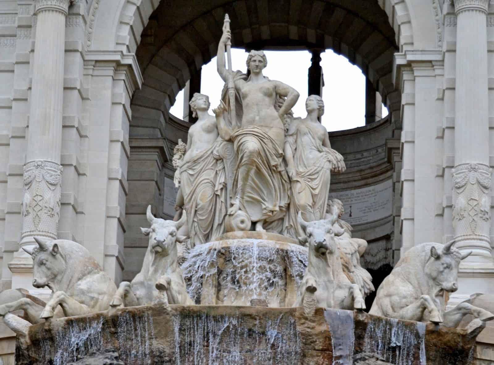 statue-fontaine-palais-longchamp
