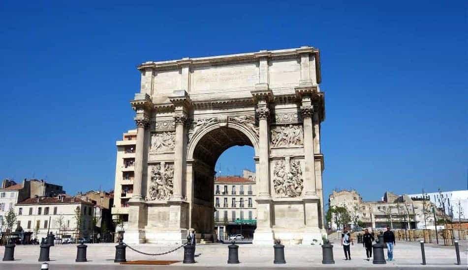 place-arc-triomphe-porte-daix