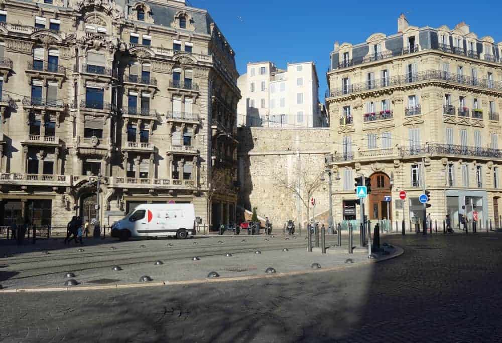 rue-republique-butte-carme