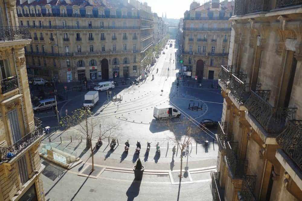 vue-rue-republique-depuis-carme