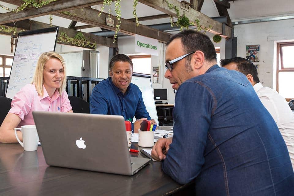 partage-convivialite-espace-coworking
