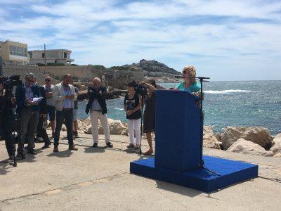 Monique Daubet était venue parler de ce que la ville met en place au quotidien en faveur d'une bonne qualité des eaux de baignade. © Sophie Pironnet