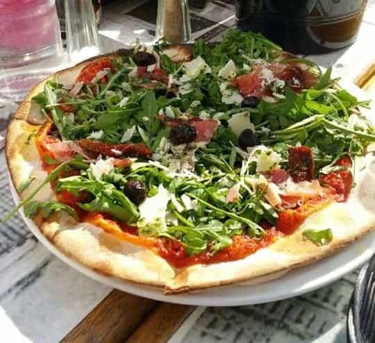 , Pizza au feu de bois au cœur de la Madrague, Made in Marseille