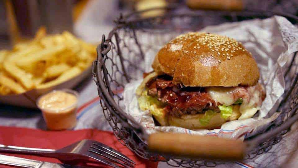 , Le Panier à Burgers, en référence au plus vieux quartier de Marseille, Made in Marseille