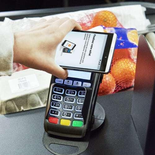 , L'avenir des banques passera-t-il par les smartphones ?