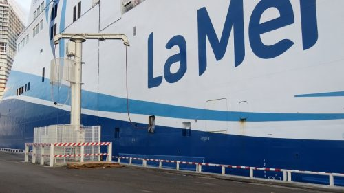 , Marseille – Des navires branchés à l'électrique pour lutter contre la pollution