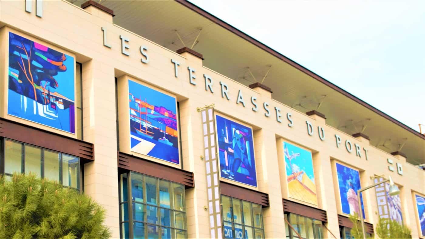 Couleurs Facades En Provence marseille xxl » - les façades des terrasses du port ornées