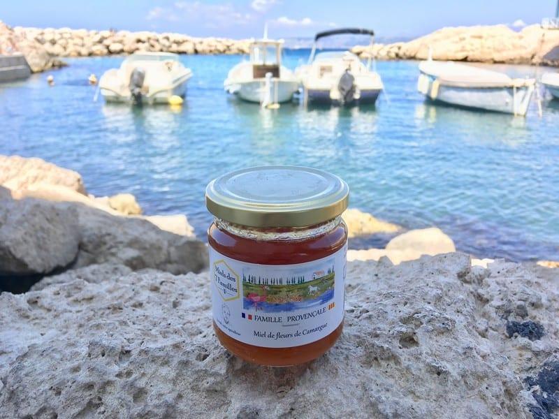 , Un Marseillais lance une gamme de miels de Provence pour les habitants des villes
