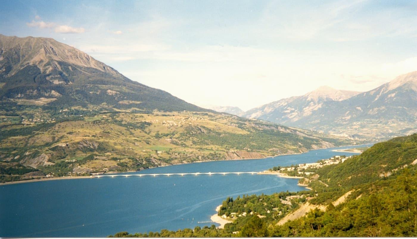 Lac Serre Poncon : La mer à la montagne au lac de serre ponçon made in marseille