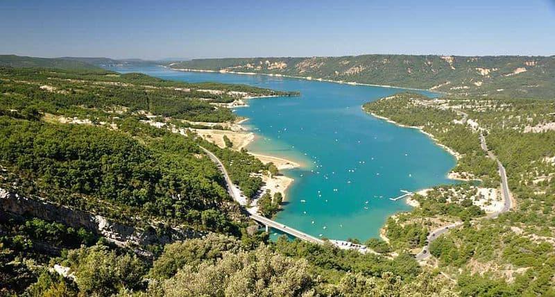 , Les meilleurs spots de baignade en Provence: lacs et rivières loin des touristes, Made in Marseille, Made in Marseille