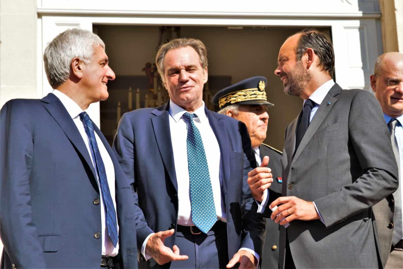 , Édouard Philippe tente d'apaiser les élus territoriaux à Marseille