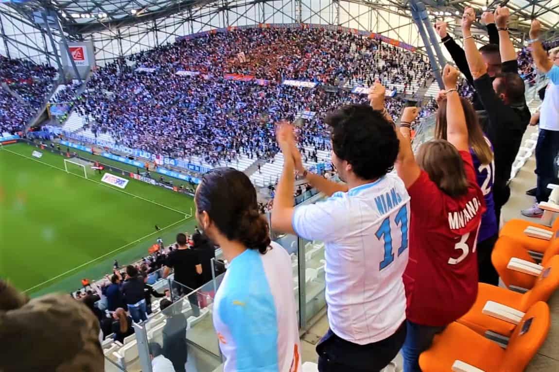 , Devenu sponsor de l'OM, Puma « bat des records de vente de maillots »