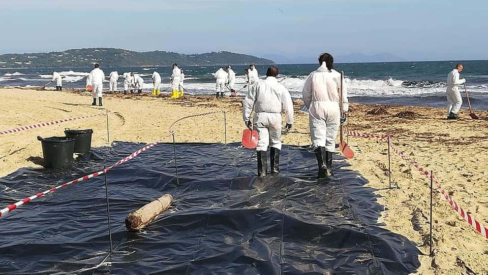, 100 000 € pour les communes du littoral touchées par les hydrocarbures
