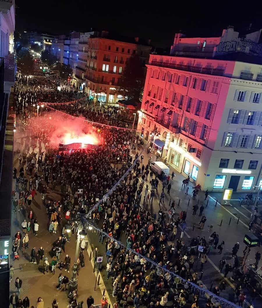 , Le chiffre du jour : 703 personnes évacuées à Marseille et une vague solidaire