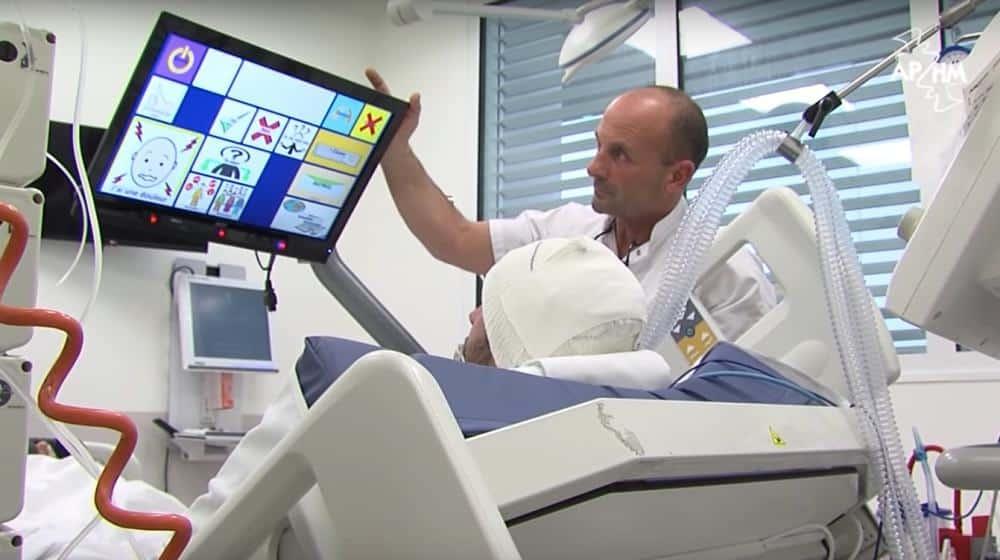 , Bob : le robot marseillais qui rend la parole aux patients en réanimation à la Timone