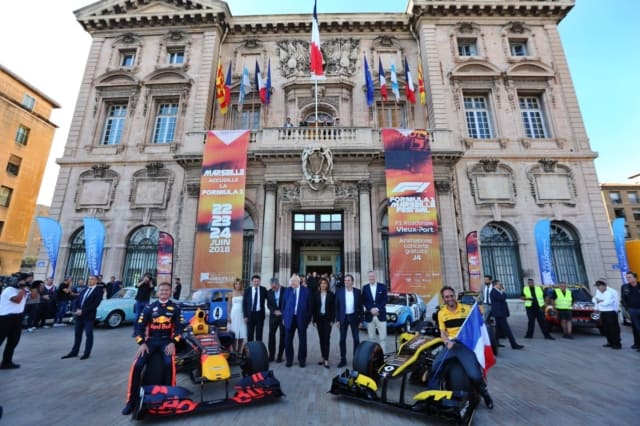 , Démonstrations de F1 dans 11 villes de la région pour le Grand Prix de France