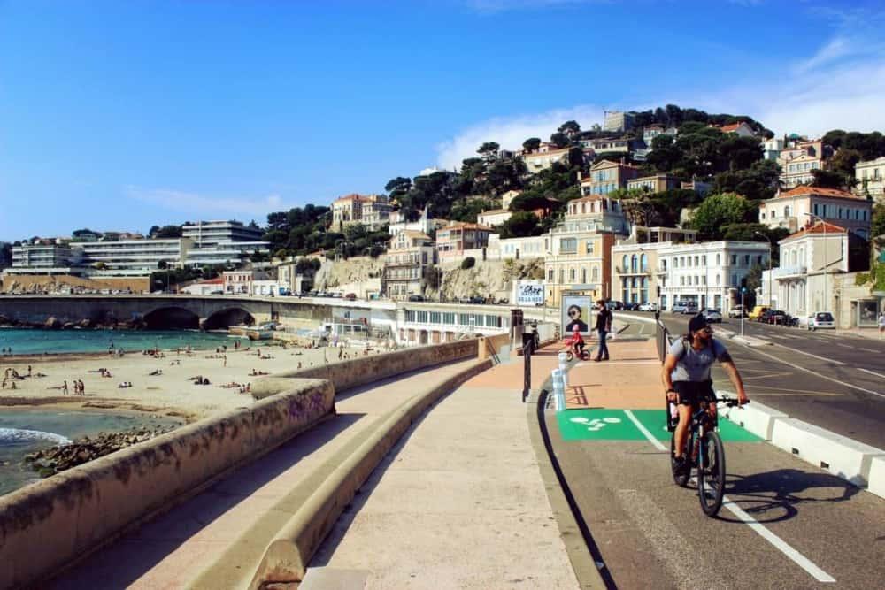 , La Fête du vélo pour inaugurer la piste cyclable sur la Corniche