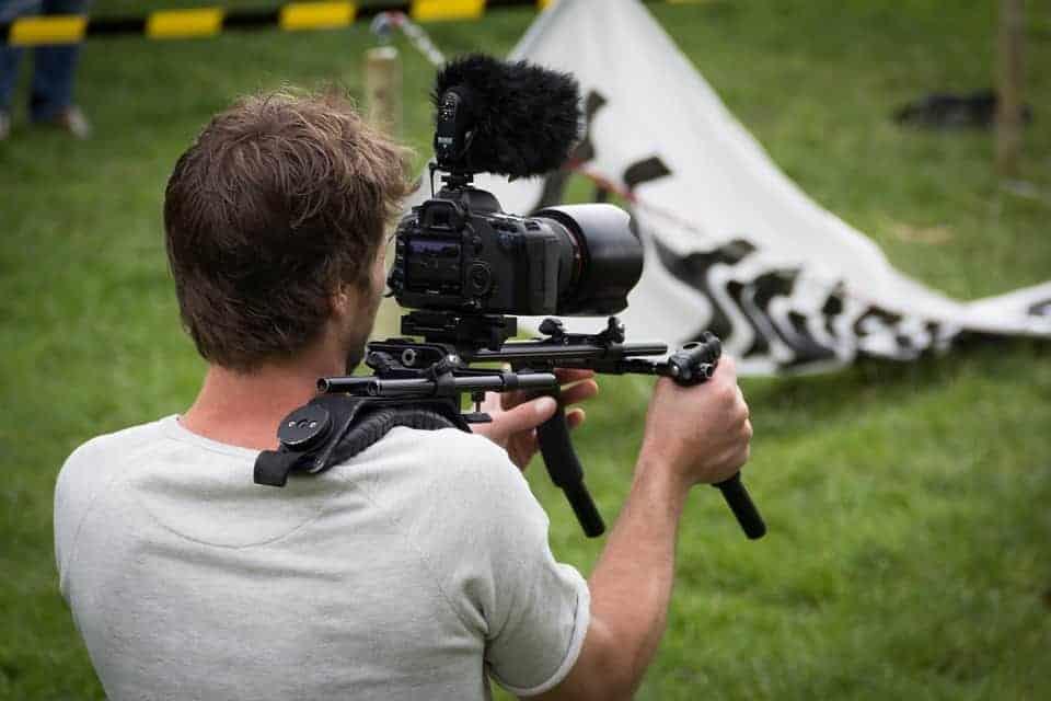 , Made in Marseille recrute un journaliste vidéo et un chargé de communication