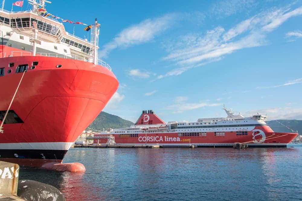 , Un ferry Corsica Linea vient au secours de 18 migrants en Méditerranée