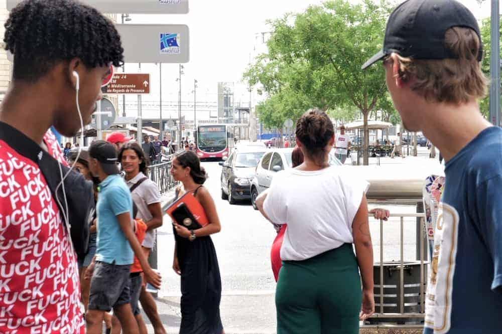 , Elles veulent mettre le hola au harcèlement de rue