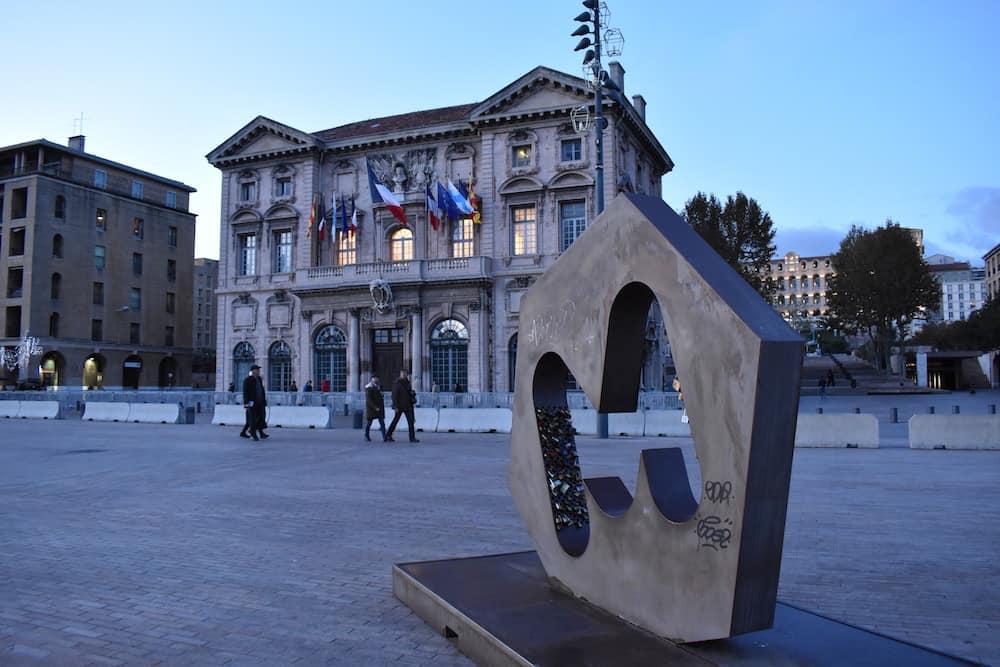 , La semaine politique : d'élection historique à campagne chaotique, Made in Marseille