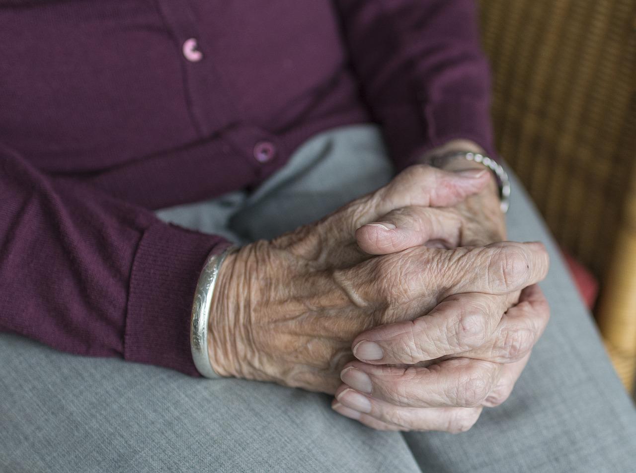 , Mon Emile aide bénévolement les personnes âgées pendant le confinement, Made in Marseille, Made in Marseille