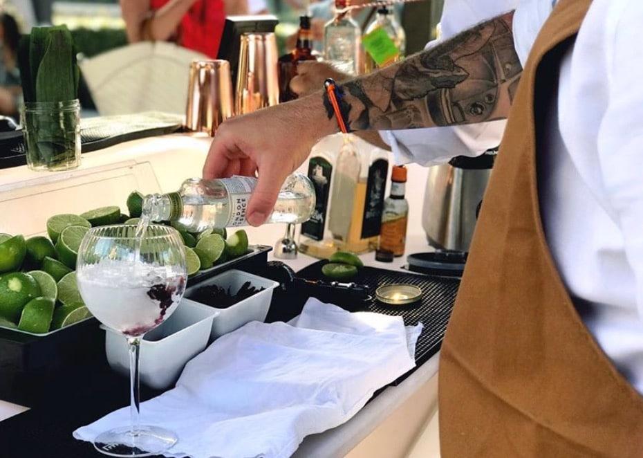 , Un mixologue marseillais lance l'anniversaire déconfiné, un bar à cocktails itinérant à domicile, Made in Marseille, Made in Marseille
