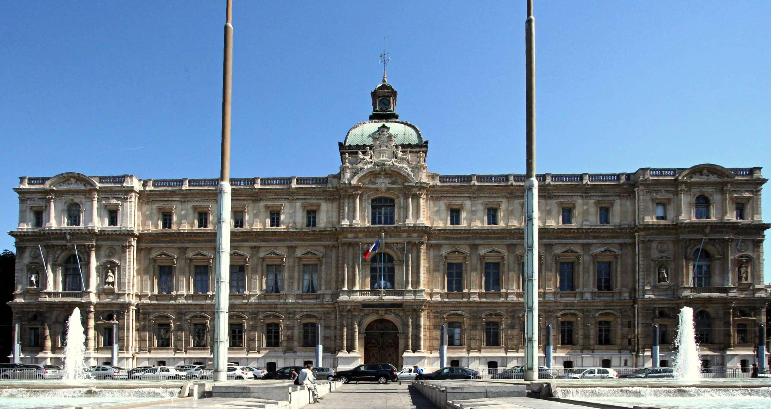 Visiter la pr fecture des bouches du rh ne marseille for Marseille bouche du rhone