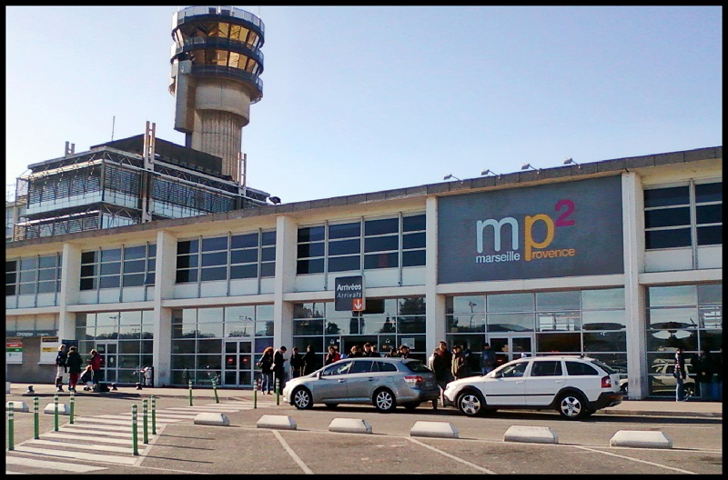 L 39 a roport marseille provence en pleine transformation for Low cost marseille