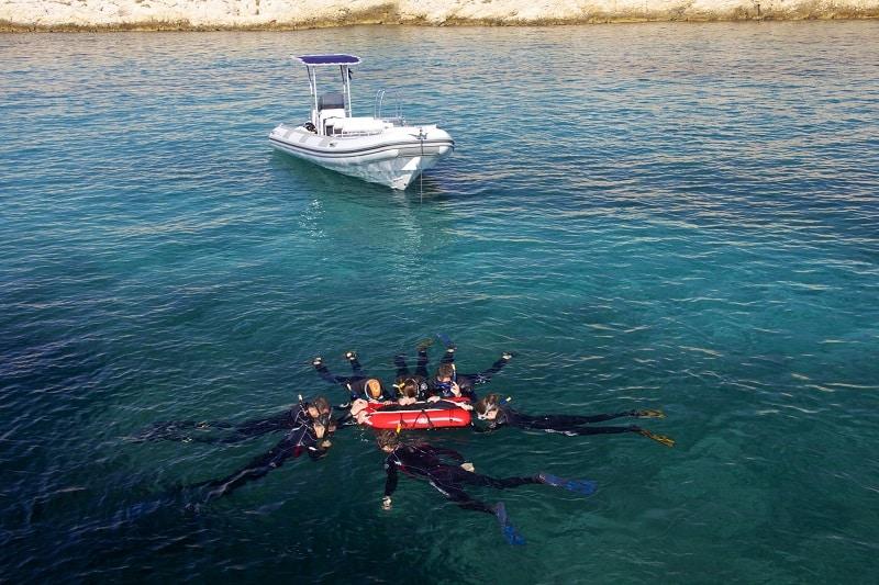 balade-snorkeling-calanques-tourisme