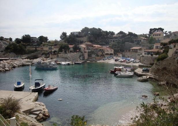 calanque-niolon-port-bateaux-marseille