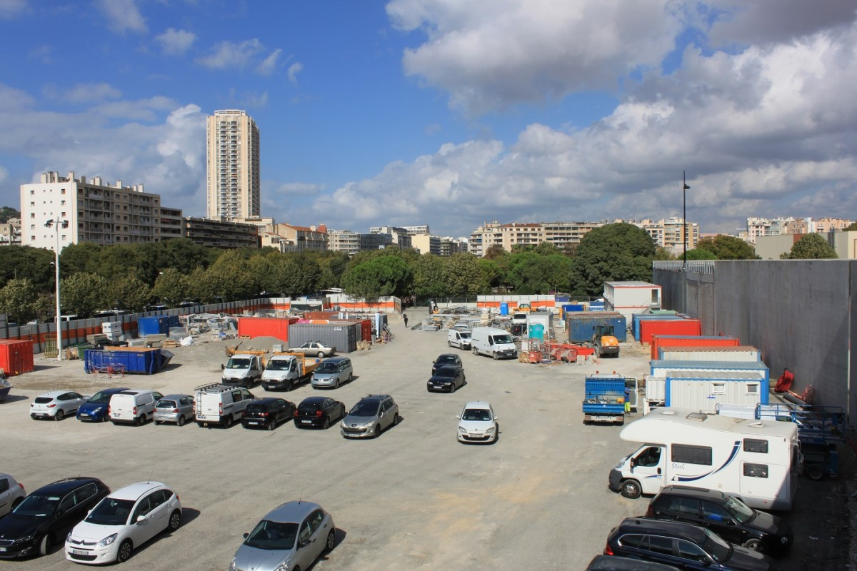 centre-commercial-stade-velodrome-marseille