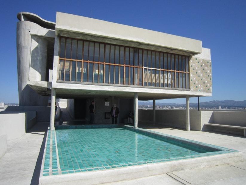 cite-radieuse-corbusier-piscine