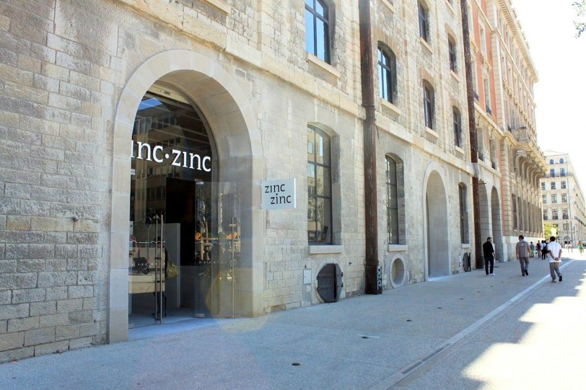 facade-commerce-docks-marseille-zinc-zinc