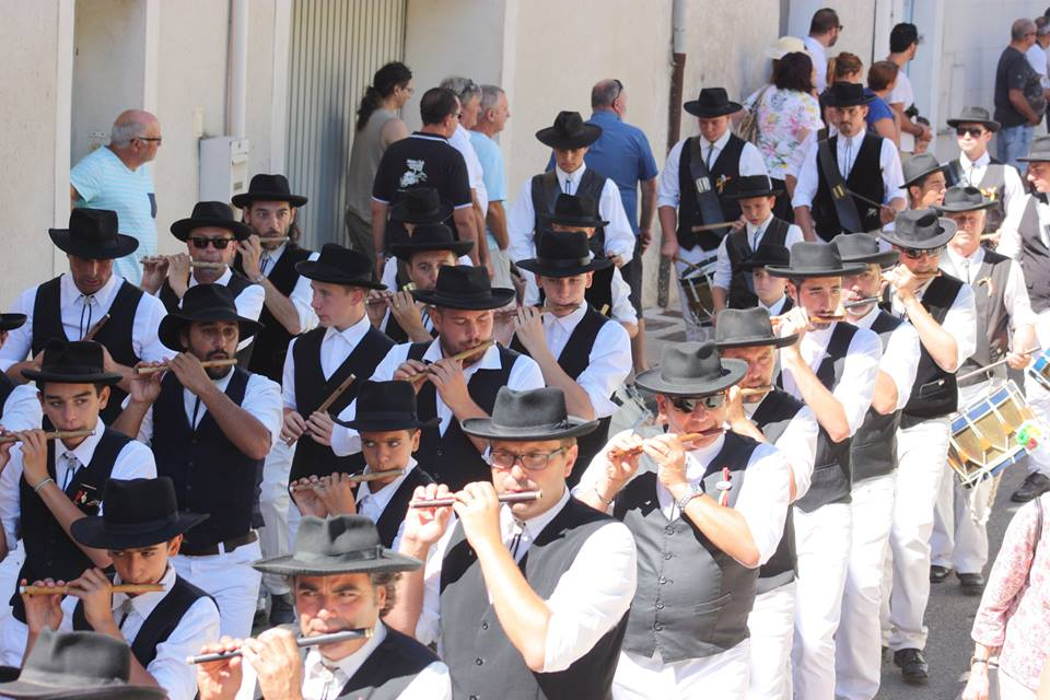 fifre-tambour-fete-tradition-provencale