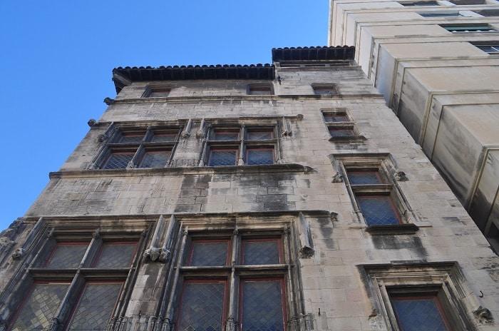 hotel-cabre-maison-ancienne-marseille