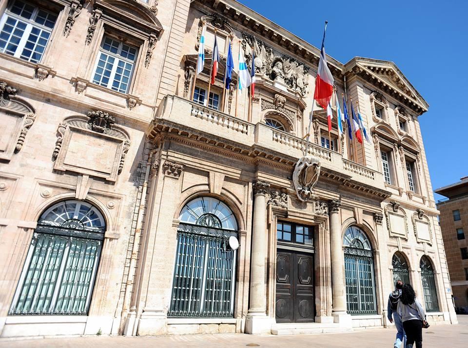 Visiter l h tel de ville de marseille made in marseille - Hotel formule 1 marseille vieux port ...