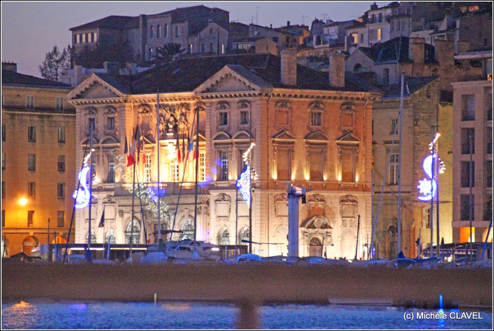 marseille-mairie-deco-noel-illumination