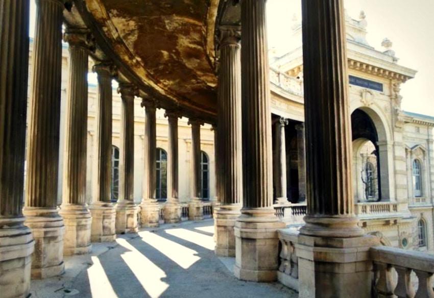 monument-palais-longchamp-eau-marseille