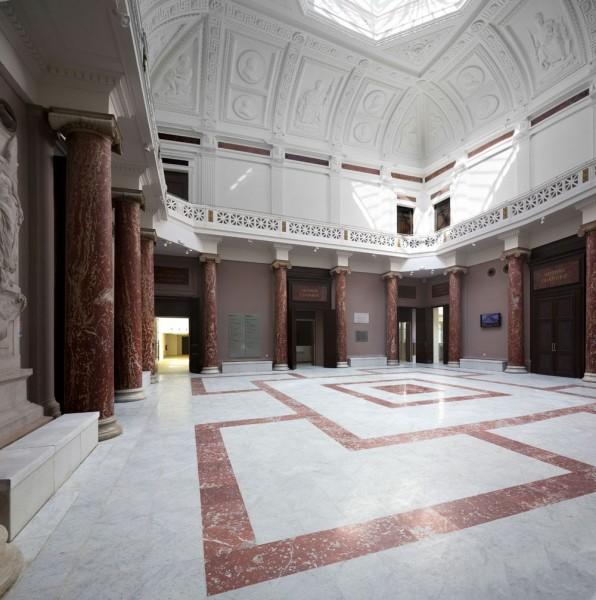 monument-tourisme-visite-palais-justice-monthyon