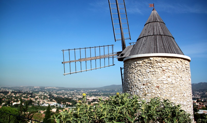 allauch, Guide de Provence – Visitez Allauch, village de charme perché en haut de sa colline , Made in Marseille