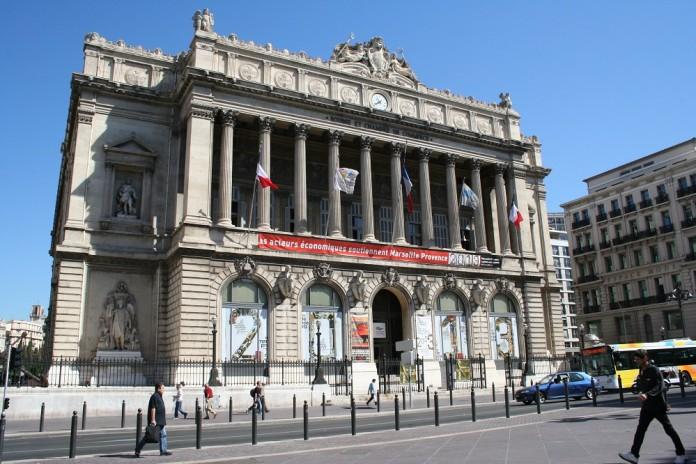 Visiter le palais de la bourse de marseille made in for Chambre de commerce de marseille archives