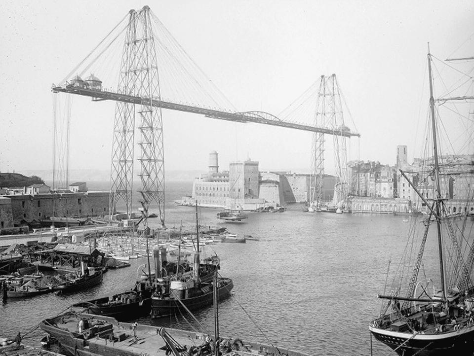 Le pont transbordeur détruit pendant la 2nde guerre mondiale © DR