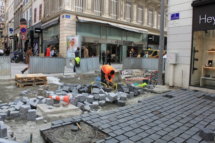 Marseille r nove enfin sa rue saint f rreol made in for Chambre de commerce marseille rue sainte victoire