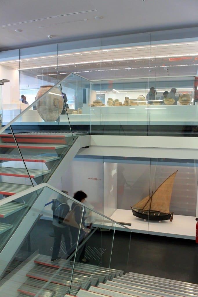 salle-exposition-musee-histoire-marseille