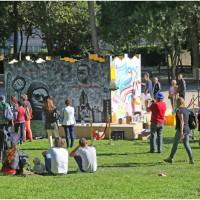 Performance de street art en live dans le parc Bagatelle (8e)
