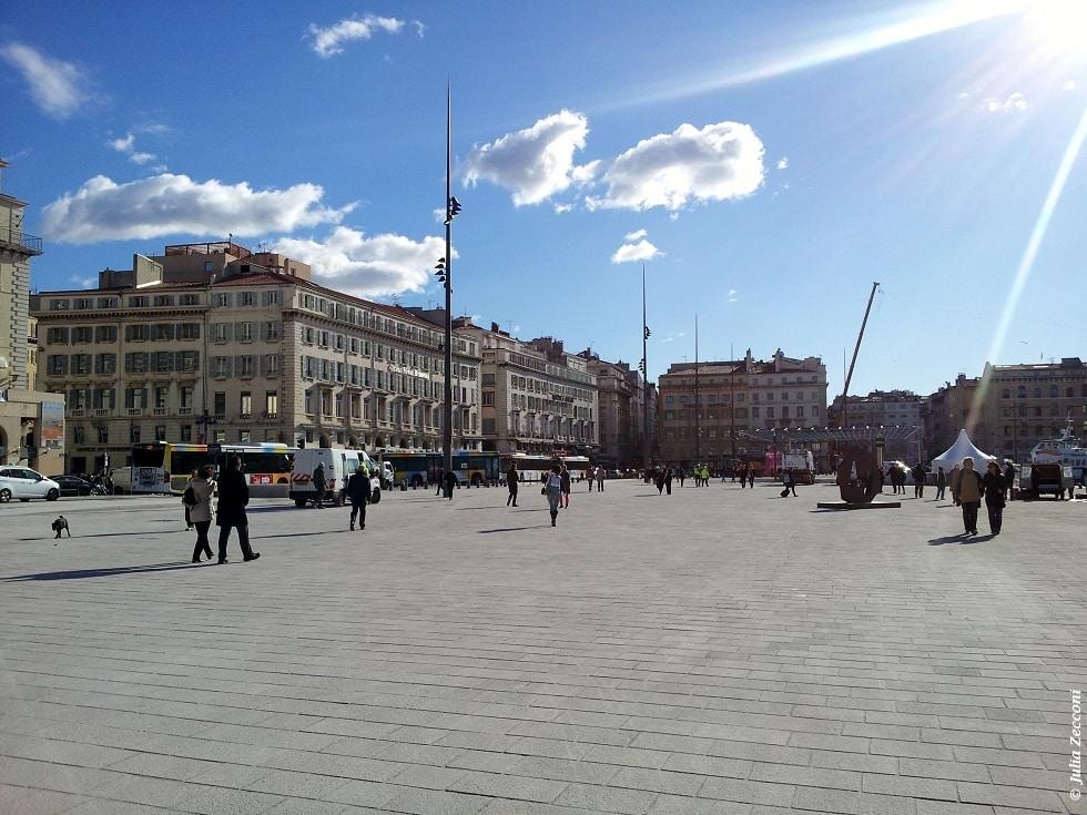Le vieux port lu meilleur espace public europ en 2014 - Mcdo vieux port marseille ...